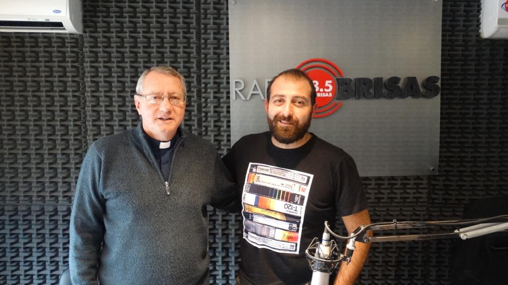 Padre Pablo en Radio Brisas con A. Barbarulo