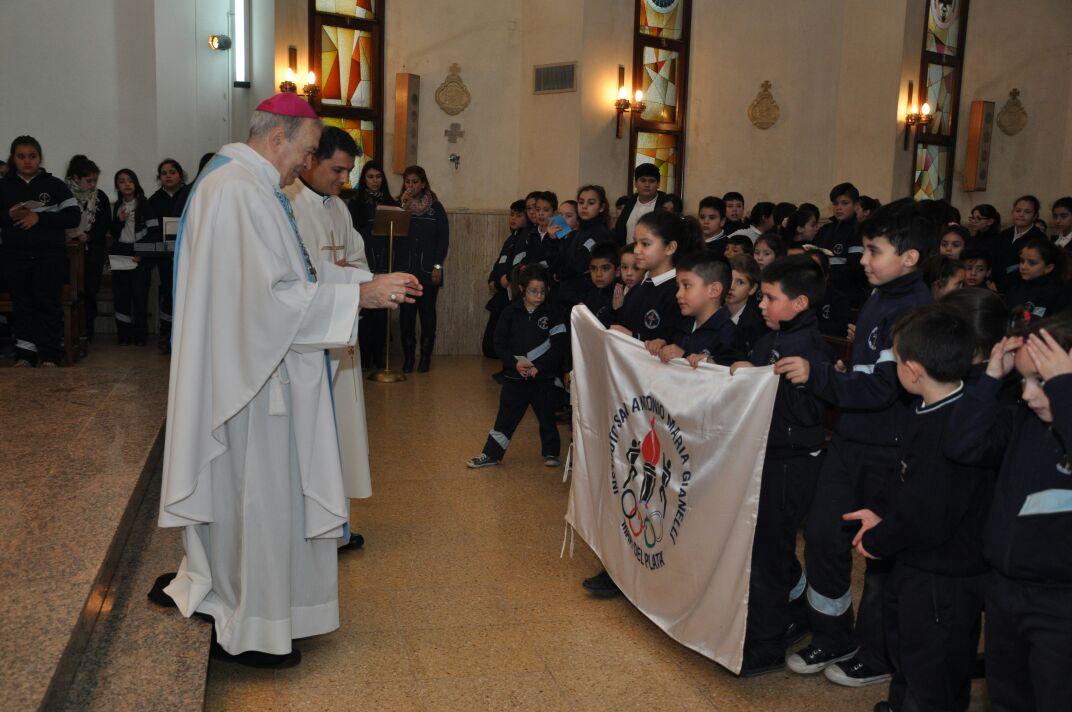 El Colegio Gianelli festejó el Día de la Virgen del Huerto