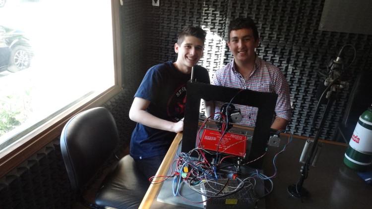 Alumnos del Tavelli presentaron su impresora 3D