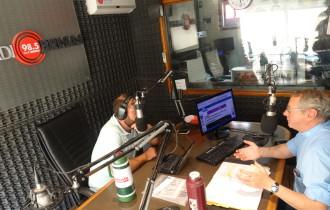 El padre Pablo dio cierre a La Escuela va a la Radio
