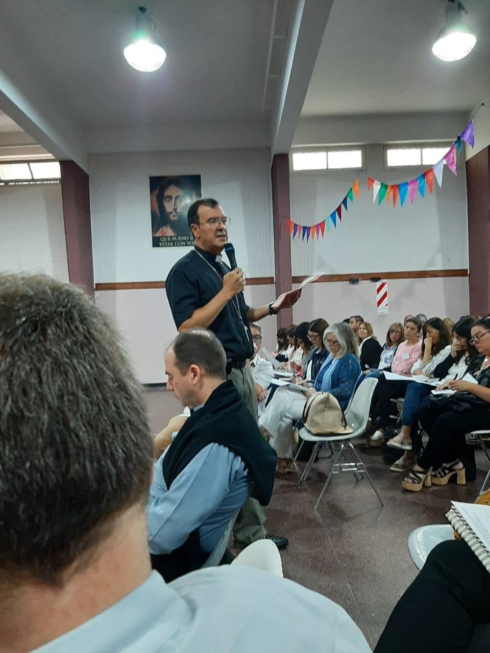 El obispo acompañó a los docentes en el Encuentro de inicio de año