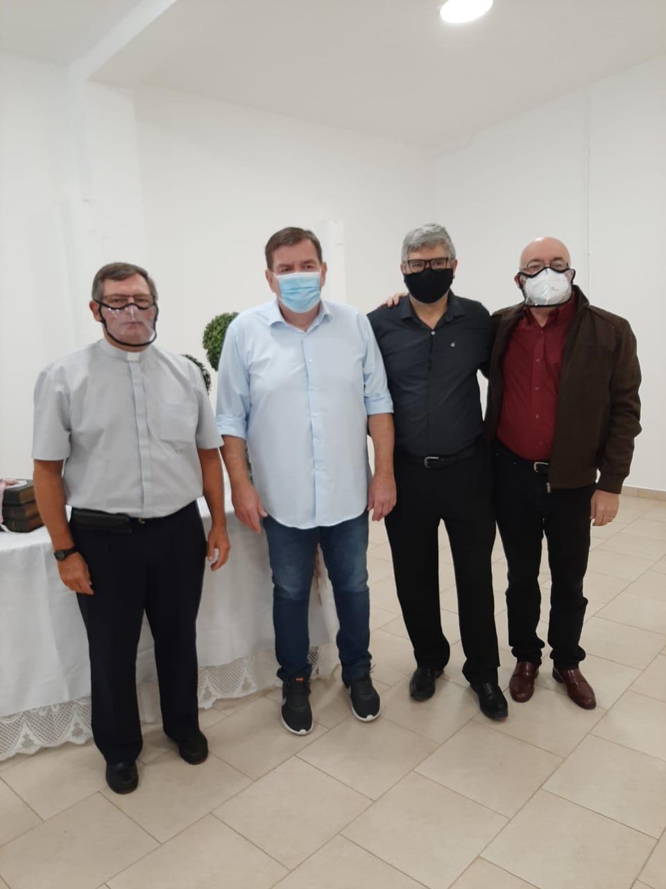 OBISPO E INTENDENTE INAUGURAN NUEVO ESPACIO EDUCATIVO